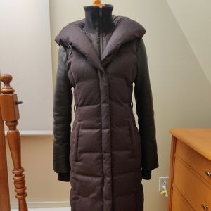 Classic Soia & Kyo down winter coat, fits XS or S